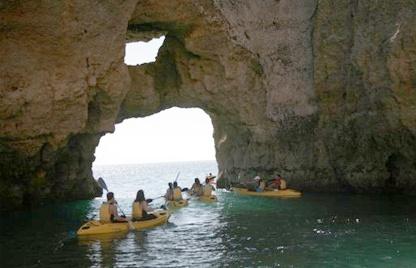 Passeios de Caiaque, Ponta da Piedade, Lagos, falésias, grutas e praias