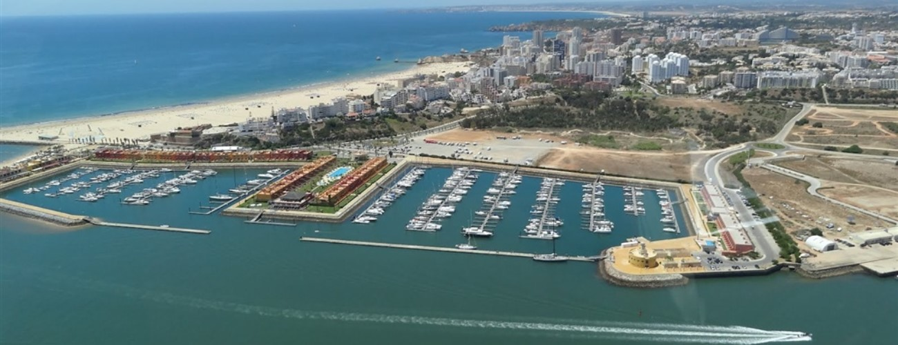 Algarve: marinas & harbors