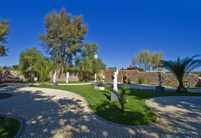 Boutique Wine Estate  - Activities & Amenities